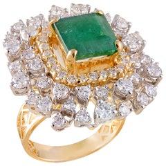 18 Karat Yellow Gold Zambian Emerald White Diamond Cocktail Ring