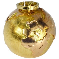18 Karat Yellow Rose Gold World Globe Charm Pendant