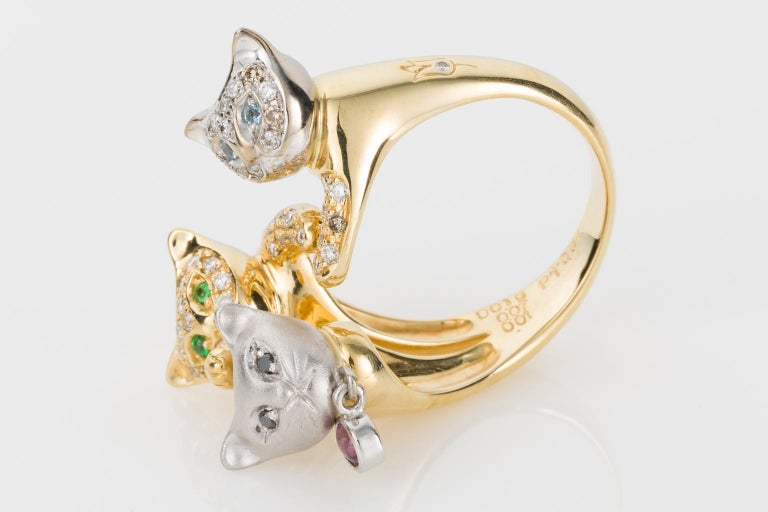 18 Karat Yellow and White Gold Diamond and Gemstone Set Cat Lovers Cocktail Ring For Sale 4