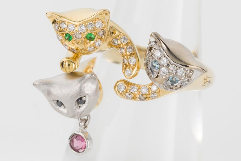 18 Karat Yellow and White Gold Diamond and Gemstone Set Cat Lovers Cocktail Ring In Excellent Condition For Sale In Brisbane, AU