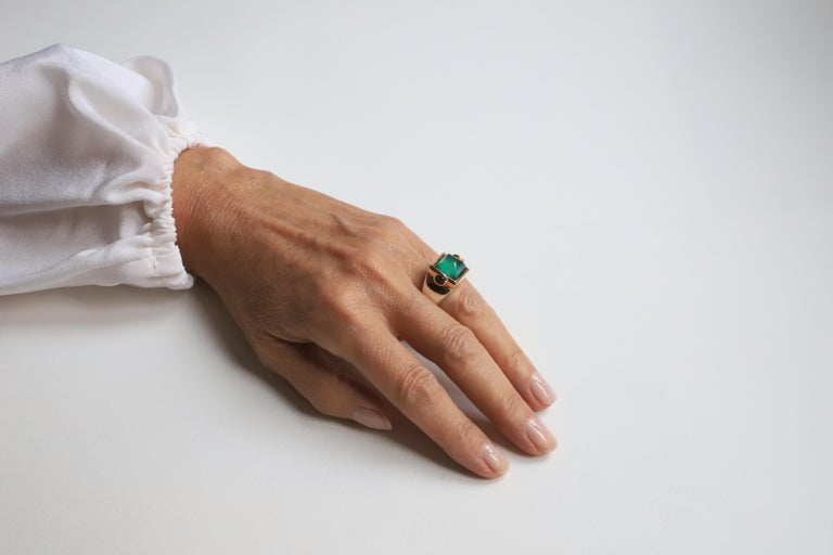 Art Deco Style 18 Karat Yellow Gold Green Agate Tourmaline Silver Cocktail Ring In New Condition For Sale In Rome, IT