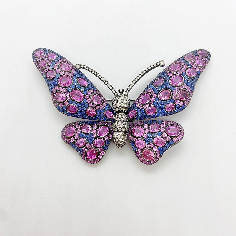 18 Karat Blackened Gold Butterfly Brooch with Diamonds, Pink and Blue Sapphires In New Condition For Sale In New York, NY