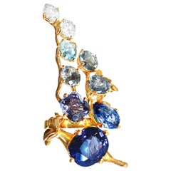 18 Kt Gold Brooch with 6 Cts GRS Cert. No Heat Royal Blue Sapphire and Diamonds