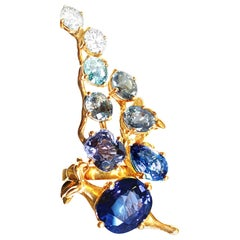 18 Kt Gold Pendant Necklace with 6 Cts GRS Certified No Heat Royal Blue Sapphire
