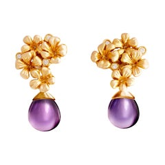 18 Kt Rose Gold Plum Flowers Contemporary Clip-On Earrings with 6 Round Diamonds