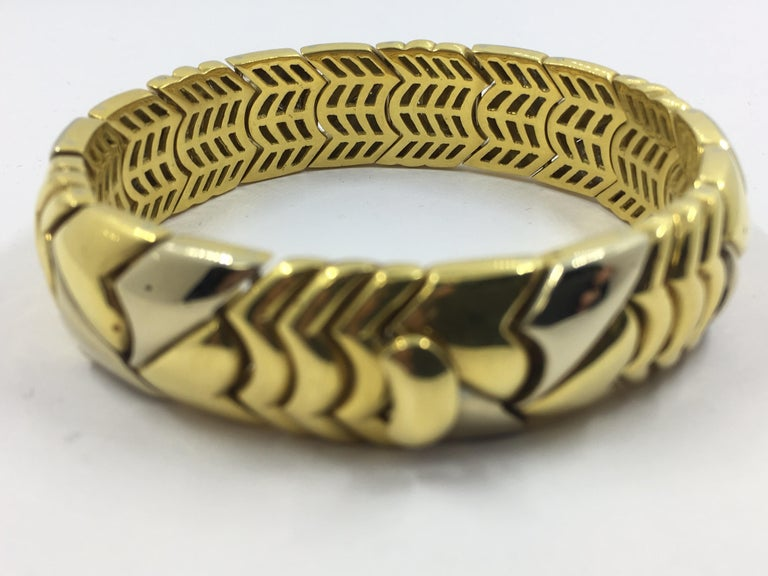 18 Karat White and Yellow Gold Bracelet In New Condition For Sale In Wilmington, DE