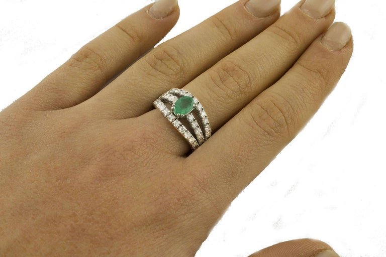 Emerald  Diamonds White Gold Engagement Ring For Sale 1