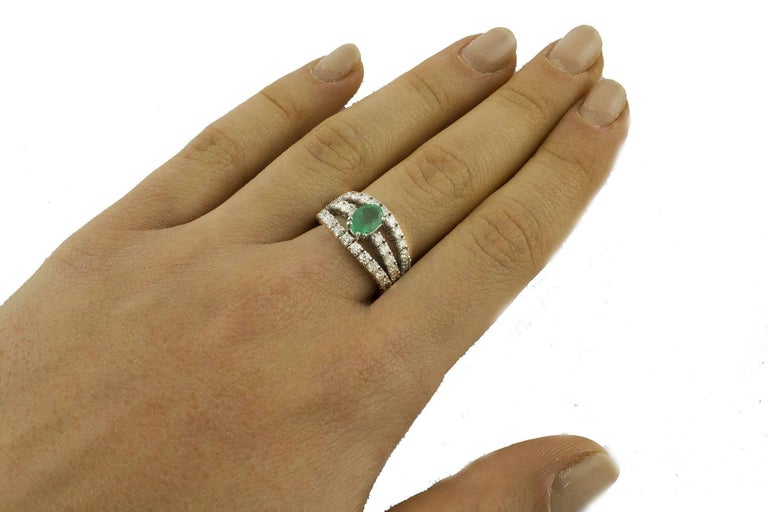 Emerald  Diamonds White Gold Engagement Ring For Sale 2