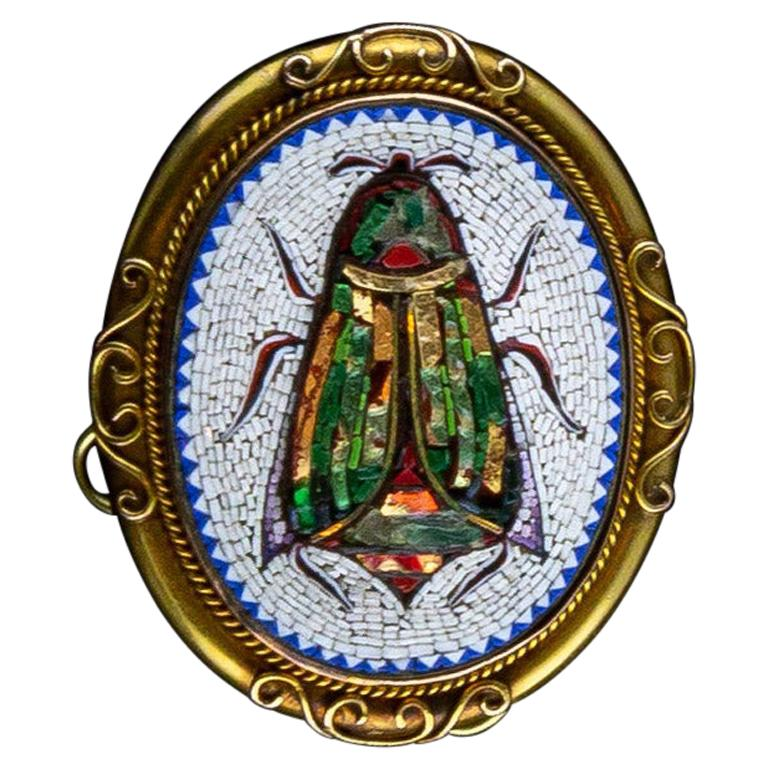 18 Kt Yellow Gold Antique Brooch with 1840s Micromosaic Depicting a Scarab