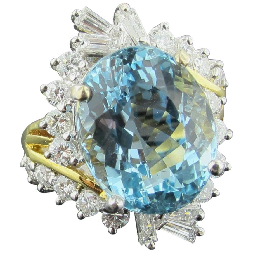 Aquamarine and Diamond Ring set in 18 karat yellow gold