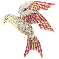 18 Karat Yellow Gold Bird of Paradise Brooch / Pendant with Diamonds and Ruby