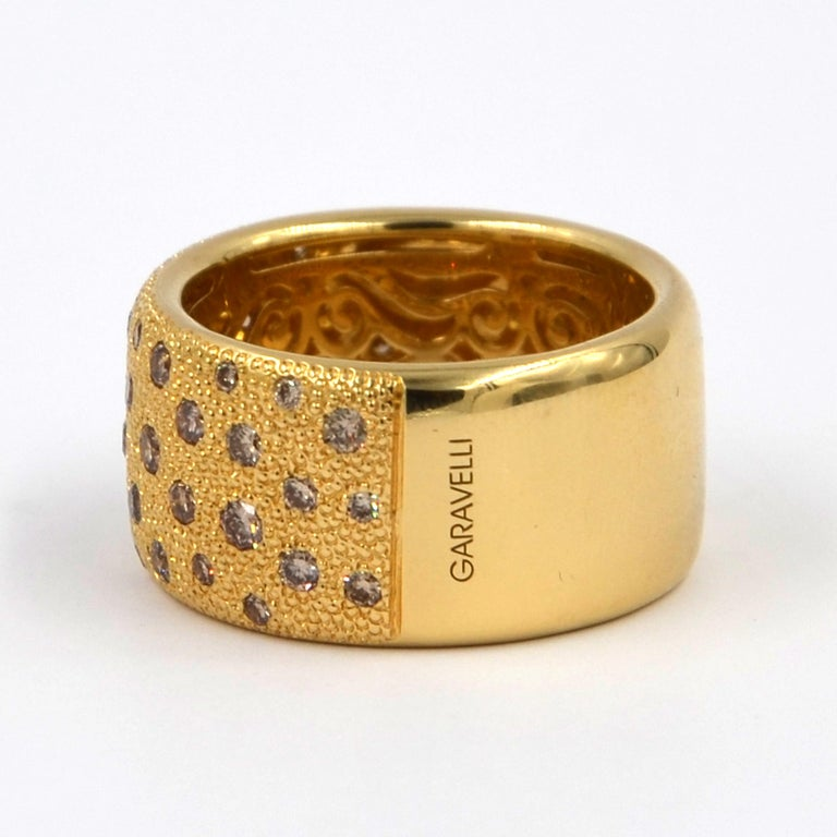 18 Karat Yellow Gold Brown Diamonds Garavelli Band Ring For Sale 2