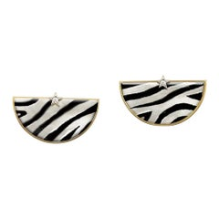18 Kt Yellow Gold Earrings, Stars with Diamonds, Hand Painted Stone, Zebra Style