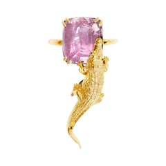 18 Kt Yellow Gold Engagement Ring with AIG Cert. 7.28 Cts. Padparadscha Sapphire
