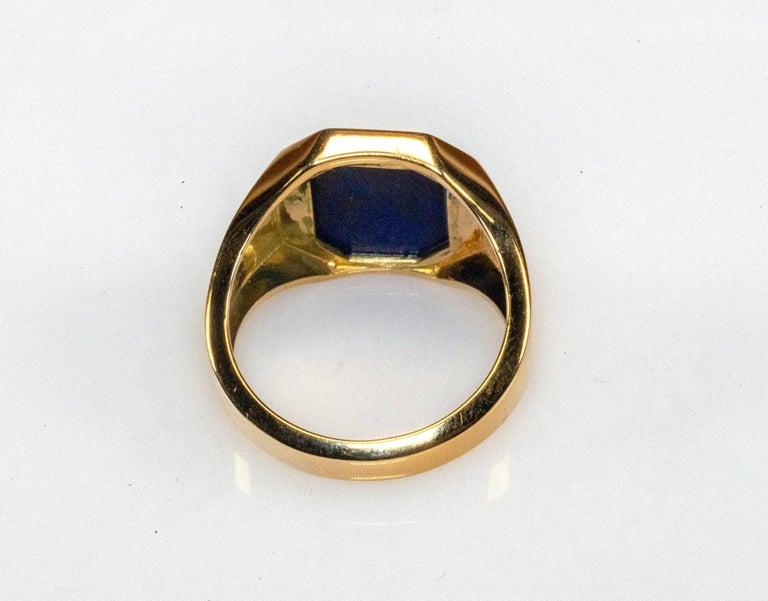 Octagon Cut 18 Karat Yellow Gold Lapis Lazuli Ring For Sale