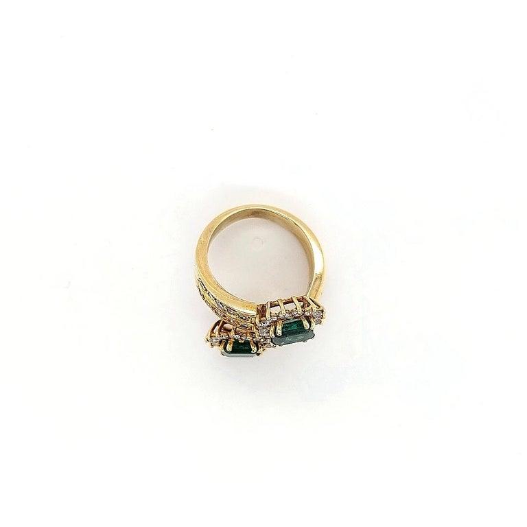 18 Karat Yellow Gold Toi et Moi Colombian Emeralds, Diamond Ring For Sale 5