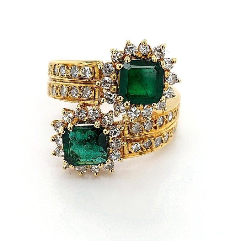 Artisan 18 Karat Yellow Gold Toi et Moi Colombian Emeralds, Diamond Ring For Sale