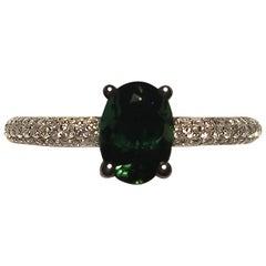 18 ktcgold 1 carat oval Tsavorite and Diamond Ring