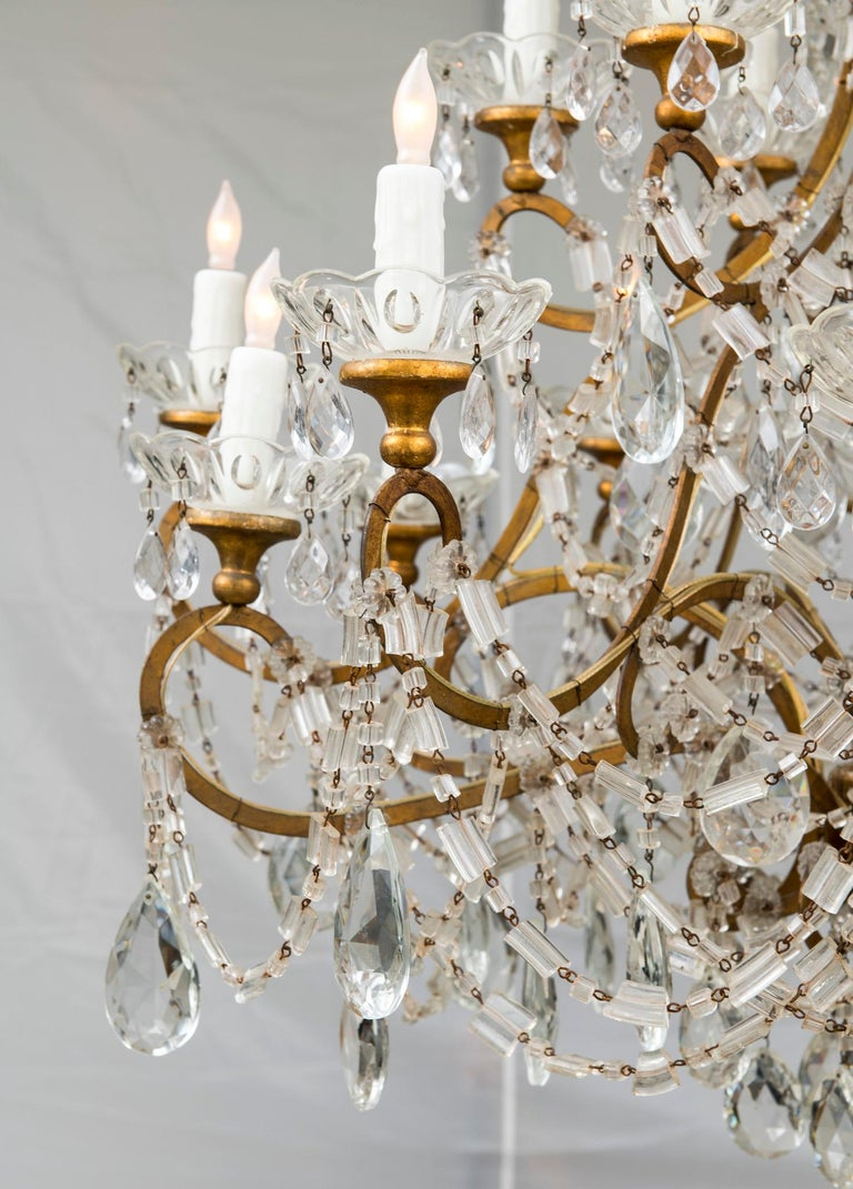 18 Light Italian Crystal Chandelier In Good Condition For Sale In Houston, TX