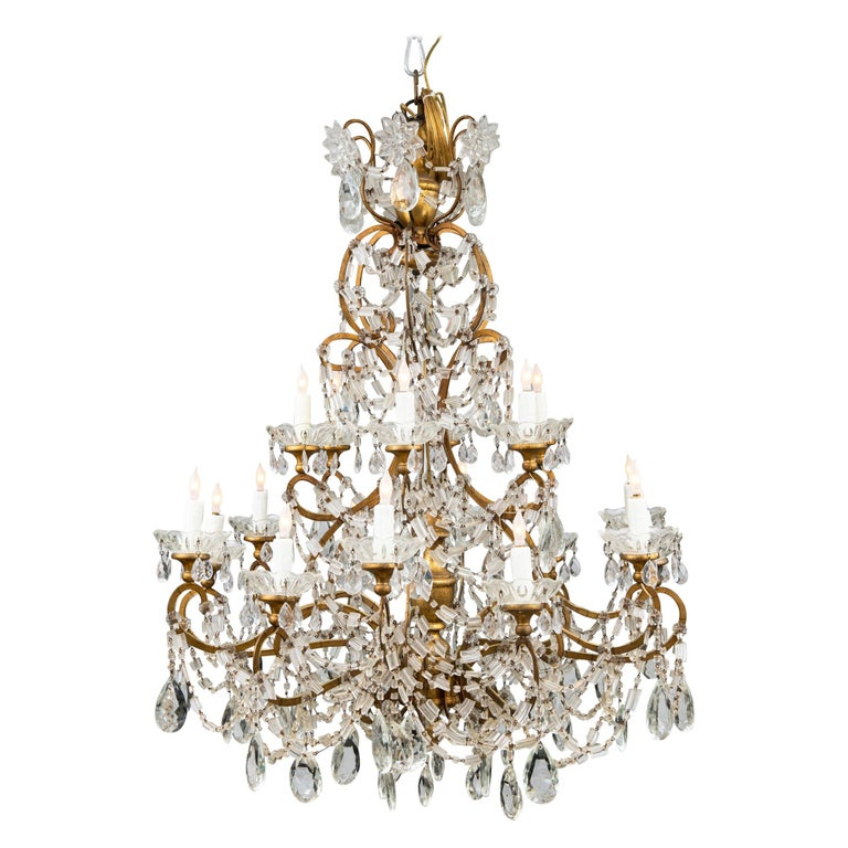 18 Light Italian Crystal Chandelier For Sale