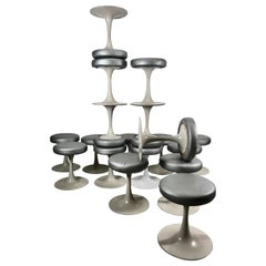 18 Saarinen /Knoll Style Tulip Stools Brevete, Cre Rossi France, circa 1970