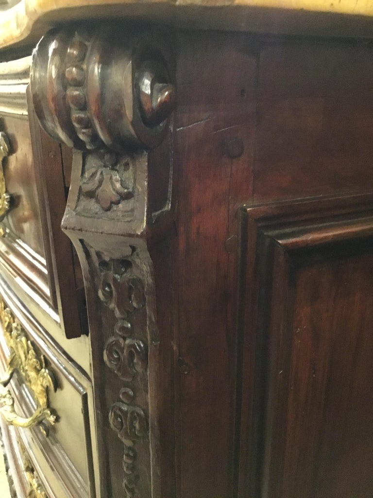 18th Century German Baroque Commode in Rosewood  For Sale 2