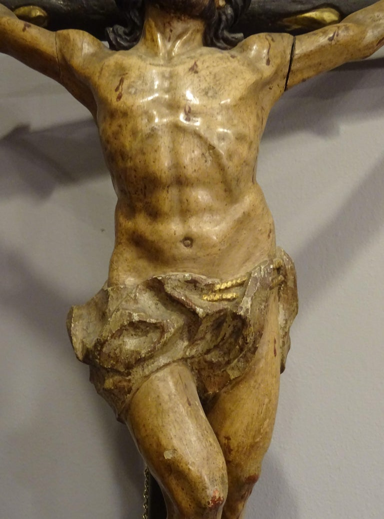18th Century Hispanic Filipino Carved Wood Sculpture of Crucified Christ For Sale 2