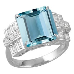 18 White Gold Karat Gold Square Aquamarine Cocktail Ring with Baguette Diamonds