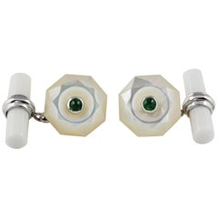 18 White Gold Mother of Pearl Emeralds Cabochon Cufflinks