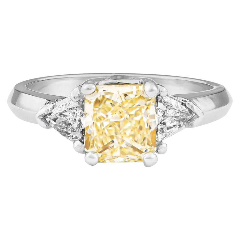 1.80 Carat Total Radiant Diamond 'GIA', Three-Stone Diamond Ring For Sale