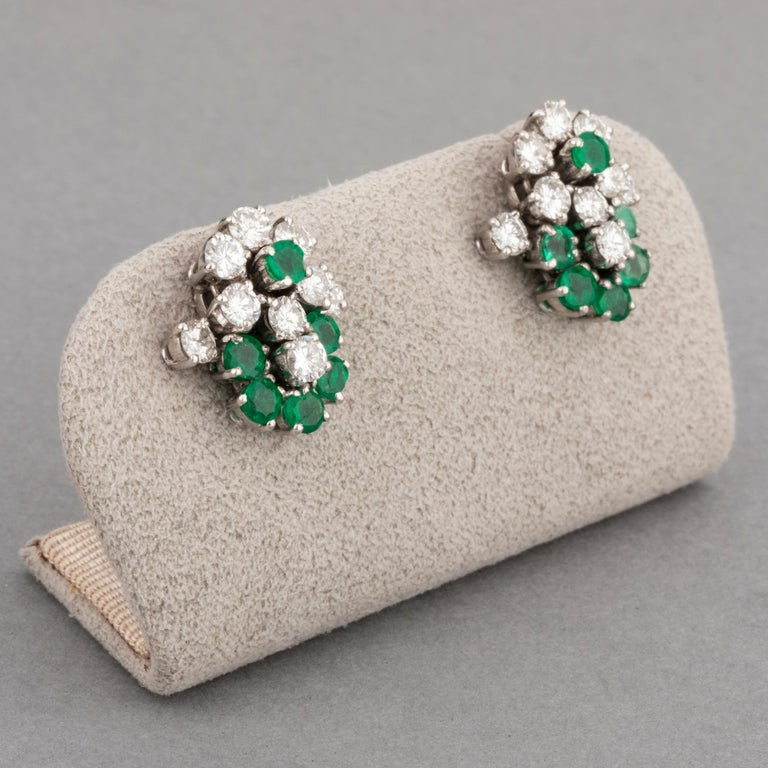 Round Cut 1.80 Carat Diamonds and 1.20 Carat French Emeralds Earrings For Sale