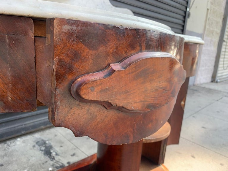 1800s Entry Table with Marble Top by F. Danby's of Leeds In Fair Condition For Sale In Los Angeles, CA