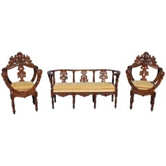 1800s Italian Renaissance Settee Sofa Couch with Two Chairs in Carved Walnut