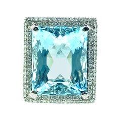 18.03 Carat Aquamarine, 0.77 Carat Diamond Ring in 18 Karat