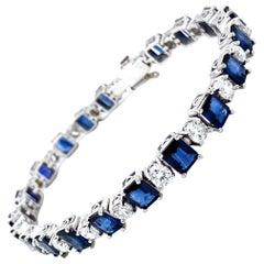 18.05 Carat Sapphire and Diamonds Bracelet 18 Karat Gold