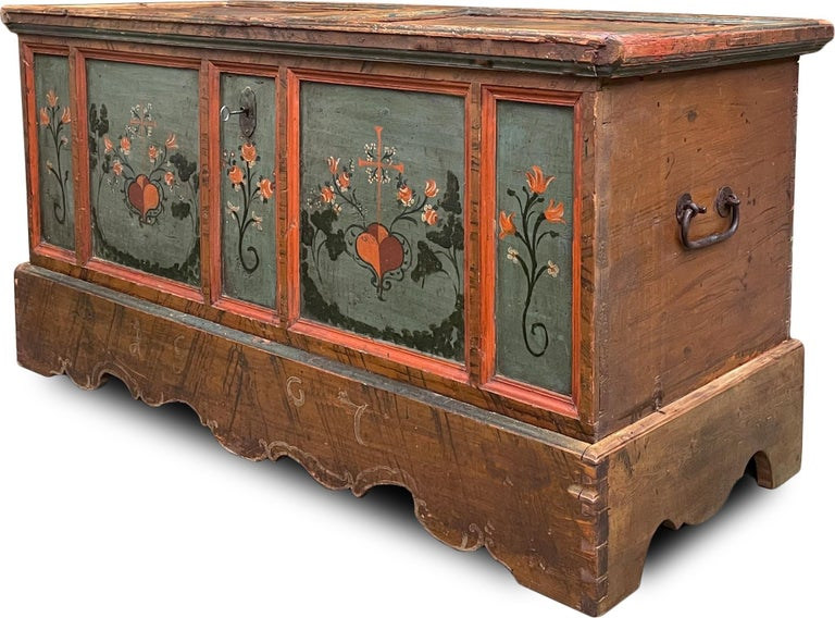 1807 Blu Painted Alpine Central Europe Blanket Chest For Sale 4