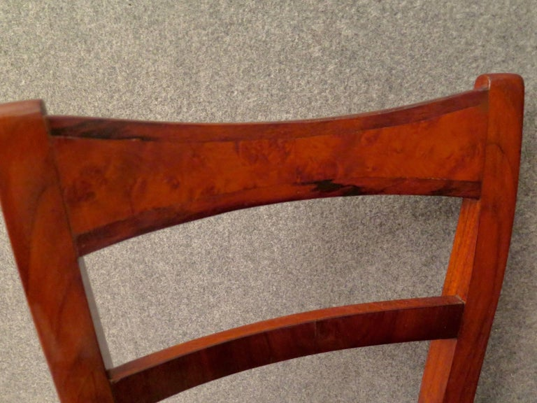 Biedermeier Walnut Wood Austrian Chair, 1820 For Sale 9