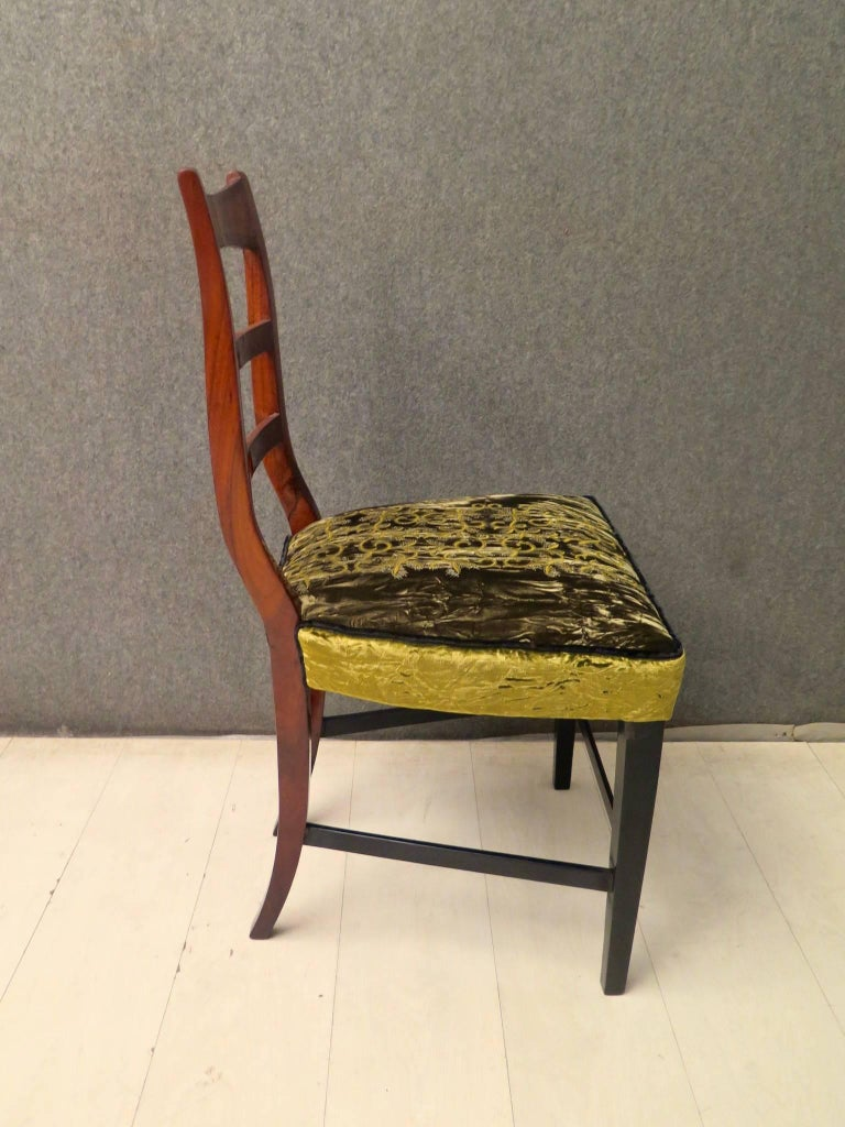 Biedermeier Walnut Wood Austrian Chair, 1820 For Sale 10