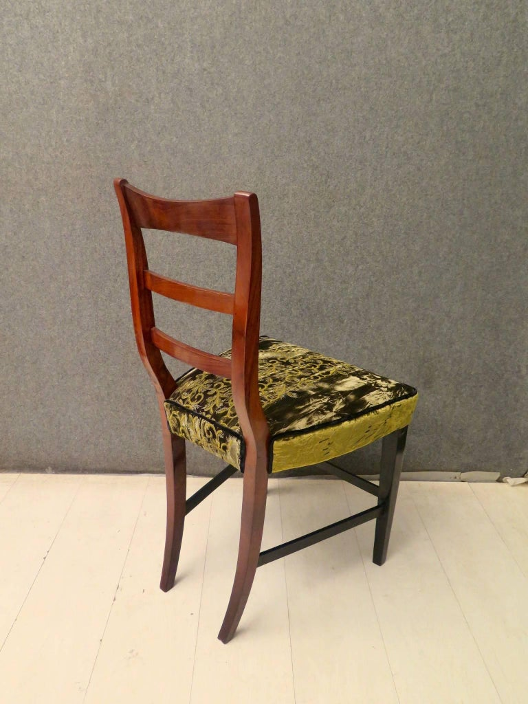 Biedermeier Walnut Wood Austrian Chair, 1820 For Sale 11