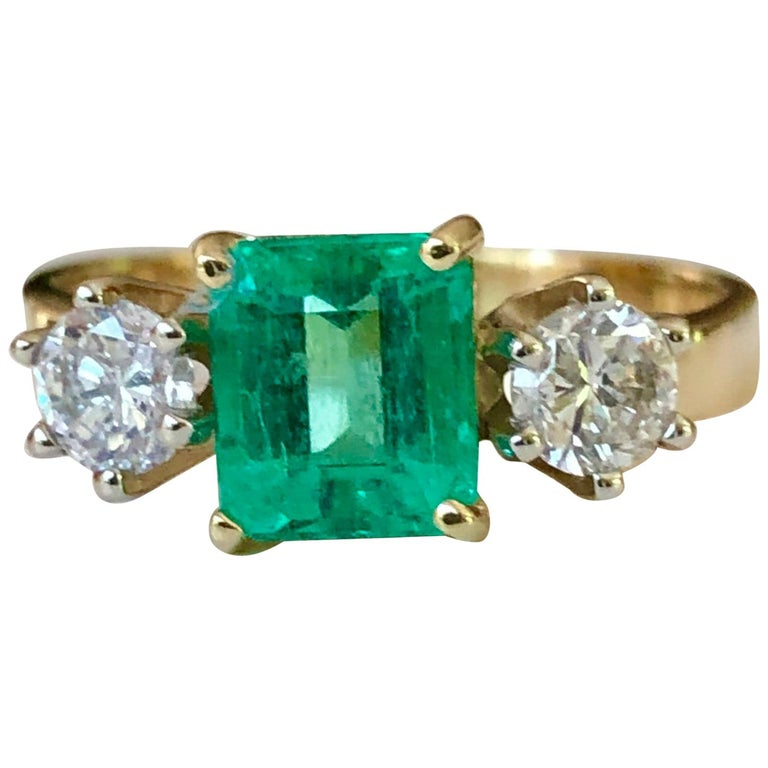 1.83 Carat Natural Colombian Emerald and Diamond Three-Stone Ring 18 Karat For Sale