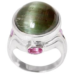 18.37 Carat Cat's Eye Green Tourmaline Pink Sapphires 18 Karat White Gold Ring
