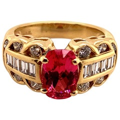 1.85 Carat Reddish Pink Spinel and Diamond Gold Ring