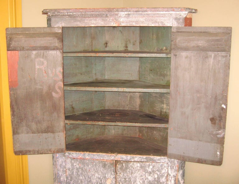 1850s Corner Cupboard Rustic Farm House Pine Cabinet For Sale 3