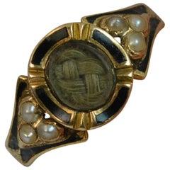 1860 viktorianischen 18 Karat Gold Emaille Perle & Haar Trauer Siegelring mit Gravur