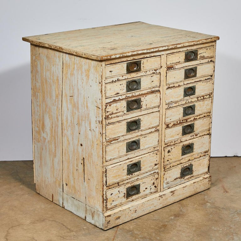 1860s English Collector's Drawer Cabinet Chest In Excellent Condition For Sale In Los Angeles, CA