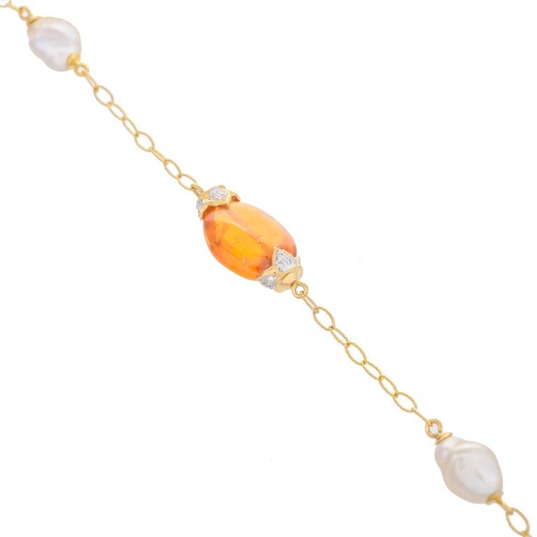 Modern 18.63 Carat Mandarin Garnet South Sea Pearl 18 Karat Yellow Gold Bracelet For Sale