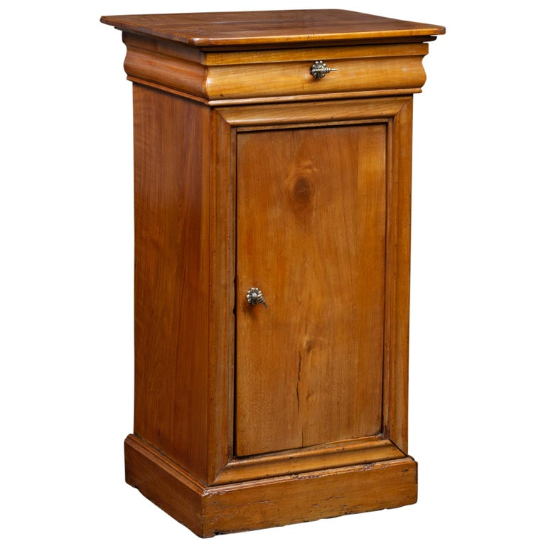 1870s Austrian Biedermeier Style Walnut Bedside Cabinet with Drawer and Door For Sale