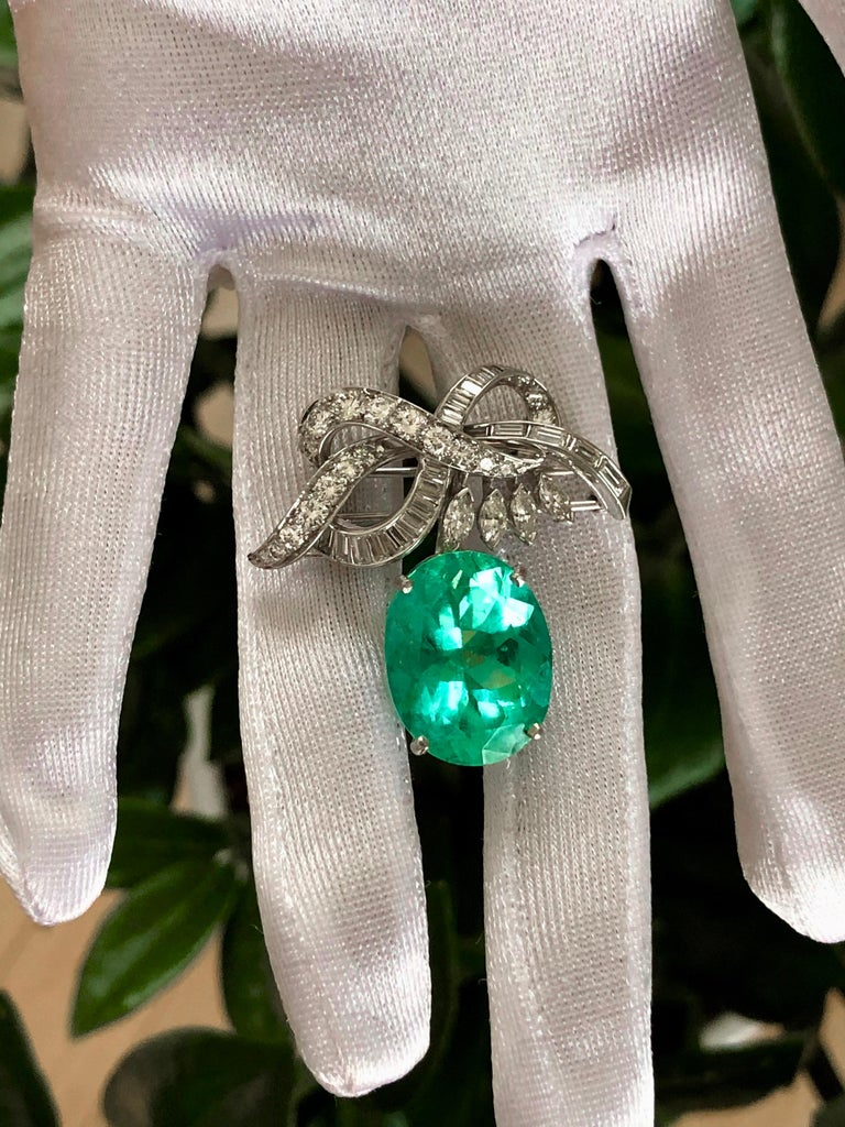 18.76 Carat Colombian Emerald Diamond Platinum Necklace and Brooch Certified In New Condition For Sale In Brunswick, ME