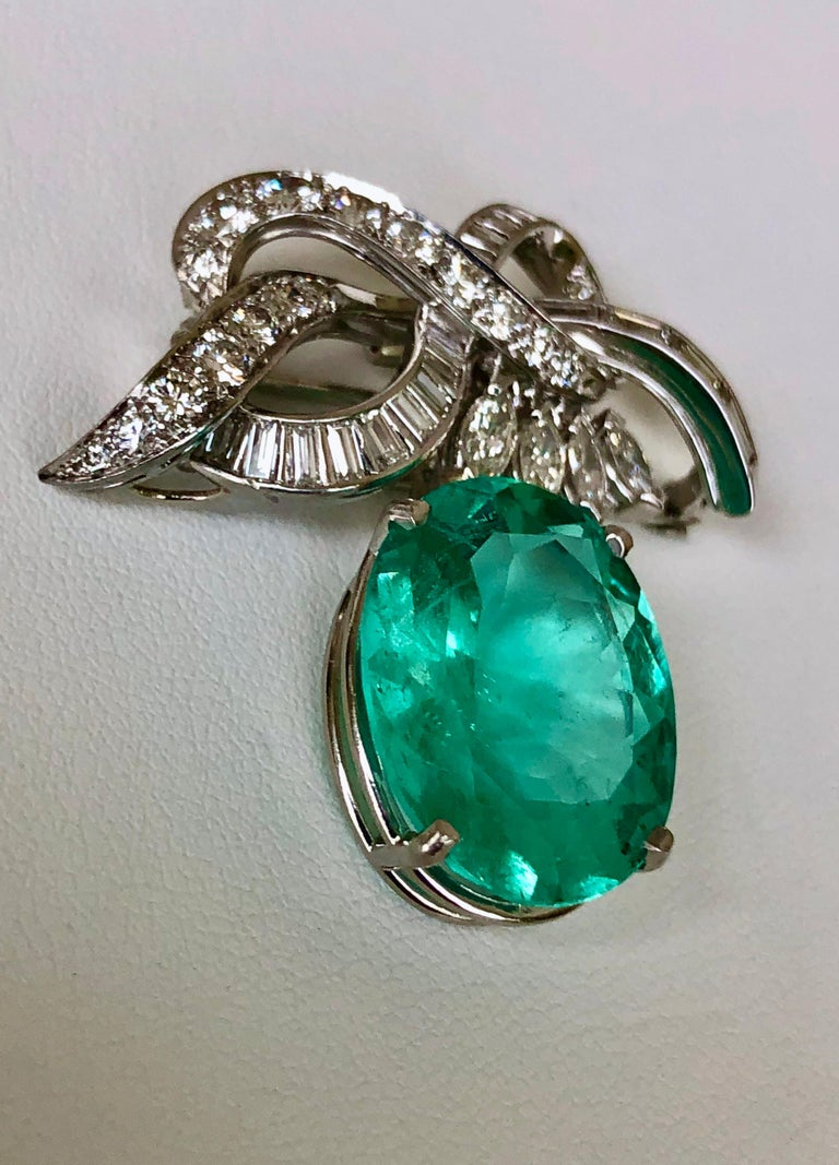 18.76 Carat Colombian Emerald Diamond Platinum Necklace and Brooch Certified For Sale 5