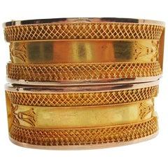 1880 Etruscan 14 Karat Yellow Gold Milgrain Filigree Hinged Bangles